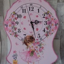 Kislány virágcsokorral és virágokkal falióra gyerekszobába, Otthon, lakberendezés, Baba-mama-gyerek, Gyerekszoba, Falióra, óra, Kislány virágcsokorral és virágokkal mintás falióra gyerekszobába.Méretei:25x33cm.A falap va..., Meska