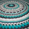 Horgolt mandala szőnyeg pólófonalból, Otthon, lakberendezés, Lakástextil, Szőnyeg, Horgolás, Padlizsán lila, türkiz és két szürke árnyalatú póló fonalat használtam ehhez a 135cm átmérőjű rendk..., Meska