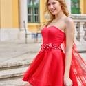 Menyecske ruha, Esküvő, Menyasszonyi ruha, Piros tüll menyecske ruha.Felül düsez fűzős  és zip-záros.A szoknyarész 3 réteg tüll  és ..., Meska