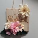Üdvözlő kopogtató, Dekoráció, Otthon, lakberendezés, Ajtódísz, kopogtató, 12x11.5 cm fa alapon selyemvirágok, Meska