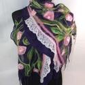 Lila virágos  sál, Ruha, divat, cipő, Nemezelés, Nuno nemezelés technikával készült lila alapszinű virágos   nemezsál.A mindennapok disze lehet,de a..., Meska