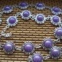 nyaklánc, Ékszer, Nyaklánc, Ékszerkészítés,  nyaklánc Jönn a tavasz  10 mm lila kerámia cabochonnal.  Méret Hossza : 44 cm+3 cm lánchosszabító, Meska