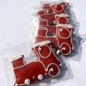 Piros kisvonat,mozdony ültető gyerekzsúrra,esküvőre,mézeskalács, Dekoráció, Dísz, Ünnepi dekoráció, Mézeskalácssütés,  5 db ! 5X6 cm széles mozdony formájú  mézeskalács figura .   Gyerekzsúrra,bulira,esküvőre,vidám me..., Meska