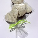 """Esküvőre köszönetajándék,\""""Vadvirágos 3\""""mézeskalács szív, Dekoráció, Esküvő, Ünnepi dekoráció, 8-8,5 cm X 7 cm méretű ,terülőmázas""""fehéren fehér"""" (de kérheted más színű alapra is!!)mézeskalács sz..., Meska"""