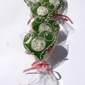 """""""Vintage"""" karácsonyi hangulat,Honey bread,gingerbread, Dekoráció, Esküvő, Ünnepi dekoráció, Mézeskalácssütés, 5 db 8cm x 7 cm szív.  Zöld és fehér terülő mázas szív,ételfestékkel rajzolt karácsonyi képpel.  NA..., Meska"""