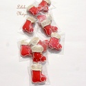Karácsonyi piros csizmák,karácsonyfára, ajándék kiegészítőként csomagra stb., Dekoráció, Karácsonyi, adventi apróságok, Dísz, Ünnepi dekoráció, Tartalma:  10db!!!kis csizma(4x3,5 cm),különböző egyedi mintával,1 arany cukorgyönggyel  Minden dara..., Meska