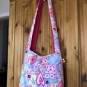 Női táska szivecskés mintával, Női divatos, városi táska, szivecskés mintáva...