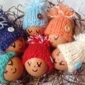 Kötött tojásmelegítő sapka, Dekoráció, Ünnepi dekoráció, Húsvéti díszek, Különböző színű fonalakból kötöttem ezeket az aprócska tojásmelegítő  sapikat. Asztaldísznek ,locsol..., Meska