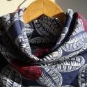 Kék alapon óriás piros pöttyökkel és virágokkal mintázott kendő, A kendő 80 x 80 cm széles, újrafelhaszált, pam...