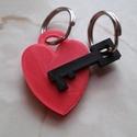 Valentin napi kulcstartó, Mindenmás, Szerelmeseknek, Kulcstartó, 3D nyomtatási technikával készült egyedi tervezésű kulcstartó dísz. A termék egyedi kialakítása miat..., Meska