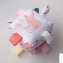Nyuszik-hímzett- készségfejlesztő játékkocka kisbabáknak . :), Baba-mama-gyerek, Játék, Gyerekszoba, Készségfejlesztő játék, Varrás, Patchwork, foltvarrás, Pici babák számára készült puha játékkocka, amely megannyi színnel és élménnyel várja kis tulajdono..., Meska