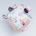 Madárkám- készségfejlesztő játékkocka kisbabáknak . :), Baba-mama-gyerek, Játék, Gyerekszoba, Készségfejlesztő játék, Pici babák számára készült puha játékkocka, amely megannyi színnel és élménnyel várja kis tulajdonos..., Meska