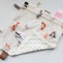 Alvókendő, játszókendő kisbabáknak! -az odu melegében, Baba-mama-gyerek, Játék, Baba-mama kellék, Készségfejlesztő játék, Minőségi, designer pamutvászonból készített alvókendő, címkékkel. Kérheted minky dot (képen látható)..., Meska