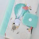 Kalandozás-Egészségügyi kis könyv borító , Gyerek & játék, Táska, Divat & Szépség, Baba-mama kellék, Táska, Egészségügyi kis könyv borító , prémium designer textilből, aprótextil stílusban! Enyhén BÉLELT kivi..., Meska