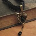 Izabella ÚRNŐ, Ékszer, óra, Nyaklánc, Ékszerkészítés, Fémmegmunkálás, Gothic stílusú medál sárgaréz drótból és fekete üveggyöngyből. Az ékszert antikoltam, majd polírozt..., Meska