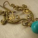 Neptunusz Hercegnő, Ékszer, Fülbevaló, Steampunk stílusú drótékszer sárgarézből, fogaskerékből és türkiz.  A fülbevaló 5,5 cm hosszú az aka..., Meska