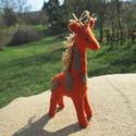 filc zsiráf, Baba-mama-gyerek, Játék, Plüssállat, rongyjáték, Játékfigura, Varrás, A bájos zsiráf mérete 14-cm magas. Az állat természetes karakterjegyeit viseli magán. Teljes egészé..., Meska