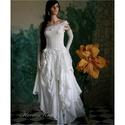 LINDA - menyasszonyi ruha , Esküvő, Ruha, divat, cipő, Esküvői ruha, Menyasszonyi ruha, Válogatott francia csipkékből és bohókásan felcsippentett muszlin-cakkokból összeállított, látványos..., Meska
