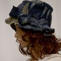 SZÉLKALAP - shabby chic kézműves kalap, Ruha, divat, cipő, Kendő, sál, sapka, kesztyű, Sapka, Női ruha, Zseniliás bútorszövetből készítettem ezt a fejhez simuló, aszimmetrikus flapper-kalapocskát. Ernyője..., Meska