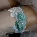 VALAMI KÉK - art to wear harisnyakötő XXL, Esküvő, Ruha, divat, cipő, Menyasszonyi ruha, Női ruha, Egyedi-artisztikus kézzel festett türkiz hernyóselyemből csavart rózsácskák gyönyörű, vágott-szélű h..., Meska
