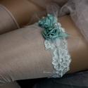 VALAMI KÉK - art to wear harisnyakötő S-M, Esküvő, Ruha, divat, cipő, Menyasszonyi ruha, Női ruha, Egyedi-artisztikus kézzel festett türkiz hernyóselyemből csavart rózsácskák hullám-vonalban vágott, ..., Meska