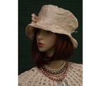ESTELLA - luxus-selyem kalap, Ruha, divat, cipő, Női ruha, Kendő, sál, sapka, kesztyű, Sapka, Különleges, finom barackszínű, hímzett dupion-selyemből terveztem ezt a bájos kalapocskát. Könnyű, s..., Meska