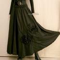 HETTY - applikált taftszoknya, Ruha, divat, cipő, Női ruha, Szoknya, Fekete körgloknis hosszú-szoknya ébenfekete taftból, applikált rózsákkal. Kényelmes, gumis derékkal ..., Meska