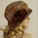 FRIDA cloche - selyem flapper-kalap, Ruha, divat, cipő, Kendő, sál, sapka, kesztyű, Sapka, Női ruha, A különleges kalapok szerelmeseinek ajánlom ezt az 1920-as évek stílusában tervezett  kalapocskám.  ..., Meska