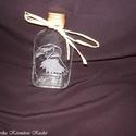 Pálinkás, laposüveg, gravírozott sólyommal, Férfiaknak, Karácsonyi, adventi apróságok, Sör, bor, pálinka, Kis pálinkás üveg gravírozott sólyommal. Szabad kézzel készült az üveg, amibe a házi páli..., Meska