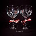 Boros poharak, gravírozott virágos mintával, Konyhafelszerelés, Bögre, csésze, Gravírozás, Üvegművészet, Két boros pohár alkotja ezt az egyedi, kézzel gravírozott szettet. Virágos mintával díszítettem, ké..., Meska