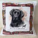 fekete Labrador kutyás párna, A Képhez illő kutyás  anyaggal szegélyeztem ez...
