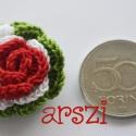 Kokárda is lehet rózsa, Pamutfonalból  horgolt virág  kokárda színeibe...