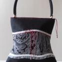 ARTBAG!! egyszerű fekete taft táska , Táska, Válltáska, oldaltáska,  Egyszerű fekete taft táska ,fehér csipke betéttel nüansznyi piros díszítővel.     Egyszerű..., Meska