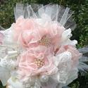 Bross csokor egyedi romantikus bridal bouquet -   menyasszonyi gömb virág csokor bross csokor vintage, Esküvő, Esküvői csokor, Csokor, Ékszerkészítés, Varrás, Romantikus bross menyasszonyi csokor.  Brossok és   kézzel formázott szirmok, teszik igazán egyediv..., Meska