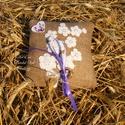 Virágos mező -  romantikus csipke virágos vintage gyűrűpárna, Esküvő, Gyűrűpárna, Romantikus csipke virágos gyűrűpárnát készítettem, egyedi mivel a motívum is egyedi kivitele..., Meska