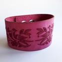 Madármotívumos bőr mandzsetta karkötő, Pink bőrből terveztem ezt a gerlepár motívumma...