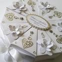 """""""White flower"""" papírtorta díszdoboz 10 szeletes, Különleges, teljesen egyedi, kézzel készült, ..."""