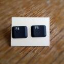 Billentyűzet fülbevaló (bedugós), Laptop billentyűzet újrahasznosításával kész...
