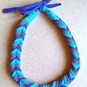 Kék textil nyaklánc búzakalász fonással , Búzakalász, vagy más néven halszálka fonássa...