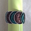 Türkiz zöld - sötétbarna csíkos kávékapszula karkötő, Ékszer, Karkötő, Türkiz zöld és sötétbarna csíkos kávékapszulák születtek újjá ebben a karkötőben. Nagyon dekoratív, ..., Meska