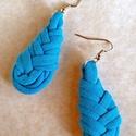 Csepp alakú textil fülbevaló - türkiz kék, Türkiz kék pólófonalból készült ez a csepp ...