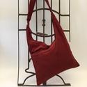 Vidám téglavörös táska, Táska, Ruha, divat, cipő, Válltáska, oldaltáska, Tarisznya, Három rekeszes táska mérete 45cmx33cm,cipzár hossza 34cm. , Meska