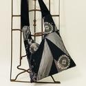 Telihold táska, Három rekeszes táska mérete 45cmx33cm,cipzár h...