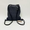 Kékség Torna-hátizsák, Torna-hátizsák méretei: 43cm x 35cm; cipzárral...