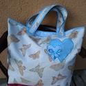 Pillangós bevásárló táska, szatyor hagyományos szabással , Táska, Szatyor, Válltáska, oldaltáska, Strapabíró, nagyméretű, két különböző anyagból összeállított bevásárló táskát varrtam. A fülek plusz..., Meska