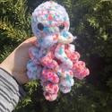 Jerry a medúza, Játék & Gyerek, Plüssállat & Játékfigura, Horgolás, Jerry édes hosszú tapogatóival bárki szívébe belopja magát. Hatalmas barna szemei vannak, és imádni..., Meska