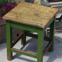 Antik zöld hokedli, Bútor, Szék, fotel, Régi hokedlit gyönyörű antik zöld színét meghagytam, majd  díszítettem az ülőfelületét, a már meglév..., Meska