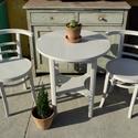 Tört fehér teázó garnitúra, Bútor, Szék, fotel, Asztal, Kis teázó art deco garnitúra, tört fehér, halvány szürke színben! Lichtig székek, és kerek art deco ..., Meska
