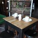 Asztal négy székkel ipari,loft hangulatban, Bútor, Asztal, Szék, fotel, Kis étkezőasztalt készítettem 4db székkel ipari, loft hangulatban!Székek ülőlapját feketére festette..., Meska