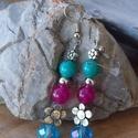 Tavaszváró ásvány fülbevaló , Ékszer, Fülbevaló, Lógós fülbevaló, Ékszerkészítés, 8 mm-es jádékból és alul egy csiszolt üveggyöngy  fánkból készítettem, ezüst színű virágokkal,ezüst..., Meska